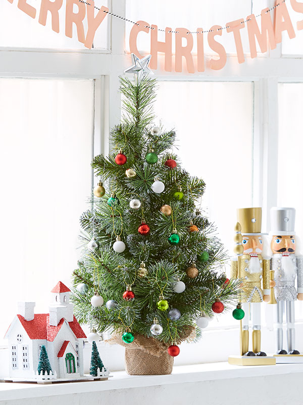 3-top-tips-to-decorate-small-spaces-this-christmas - Kmart
