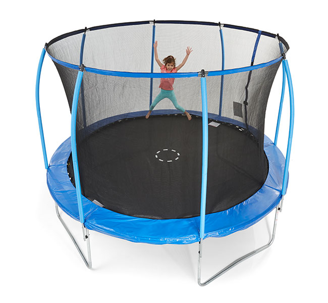 How-to-choose-the-right-trampoline-for-your-family
